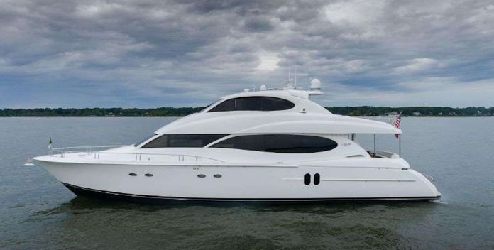 Copay yacht charter Lazzara Motor Yacht