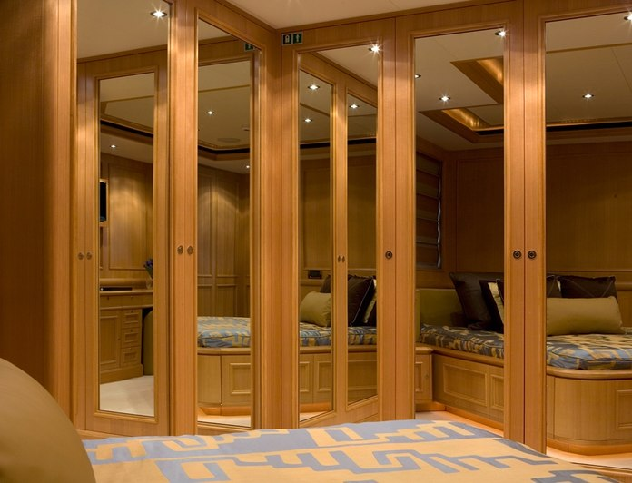 Guest Stateroom - Mirrors