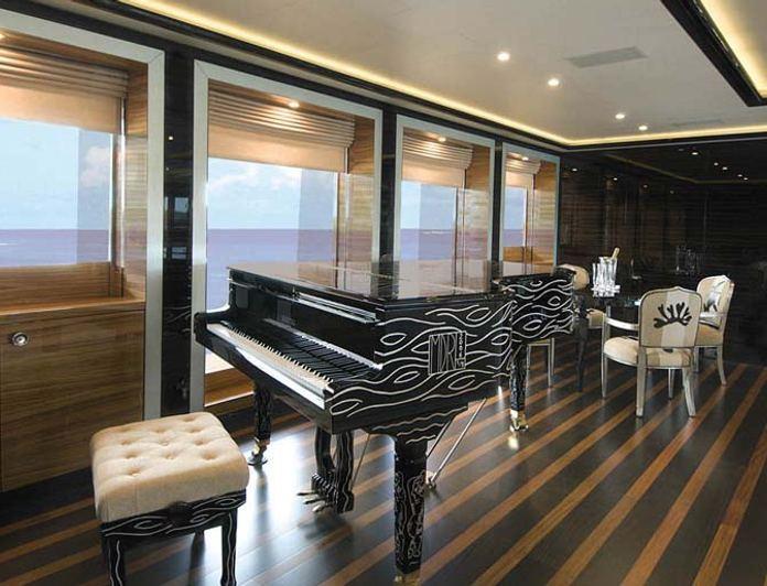 Salon - Piano