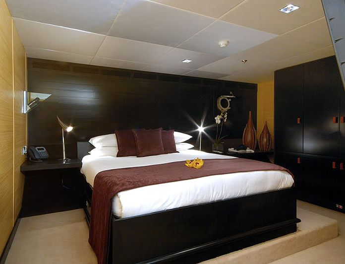 """Guest """"Bamboo"""" Stateroom"""