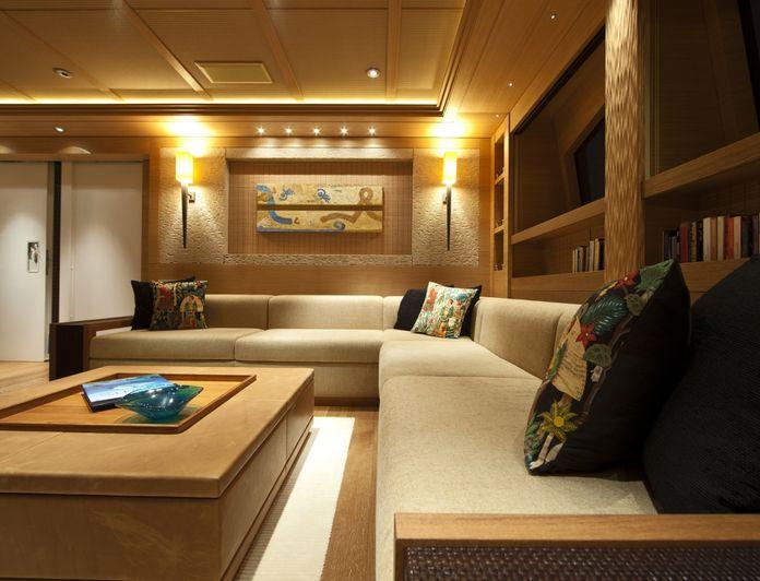 Master Lounge - Artwork