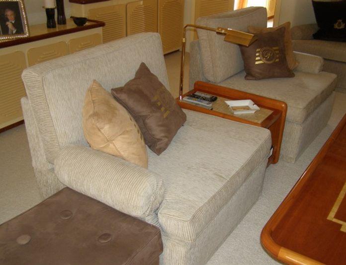 Salon - Seating