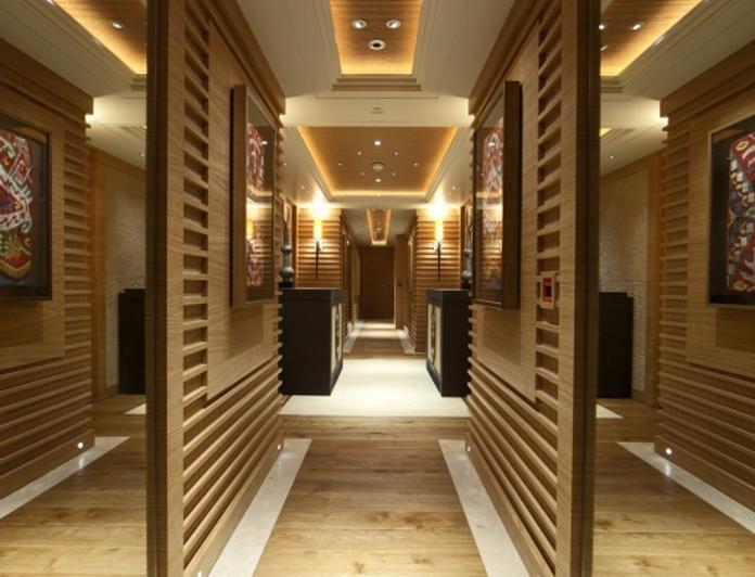 Corridor - Mirrors