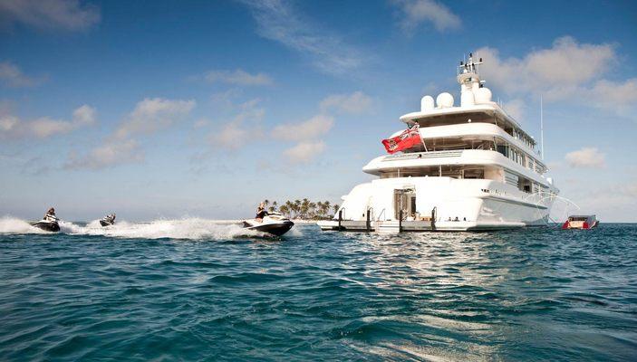 Lady E Yacht