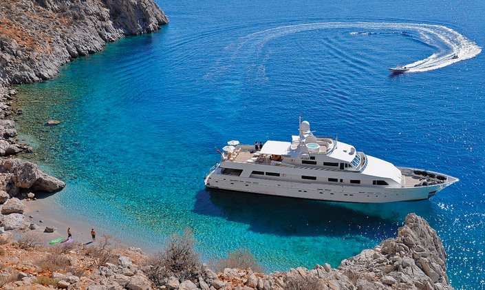 M/Y LIONSHARE announces unbeatable discount on Mediterranean yacht charters