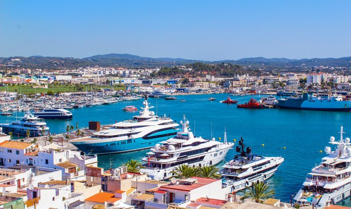 Spain simplifies clearance process for yacht charters in Spanish waters