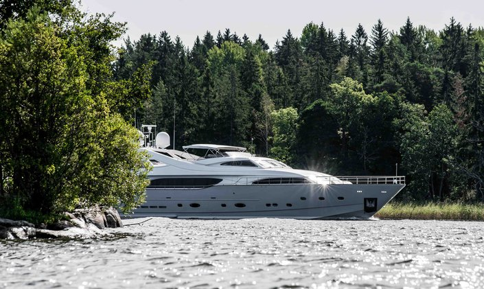 Superyacht 'Queen of Sheba' available for summer charter in Sweden