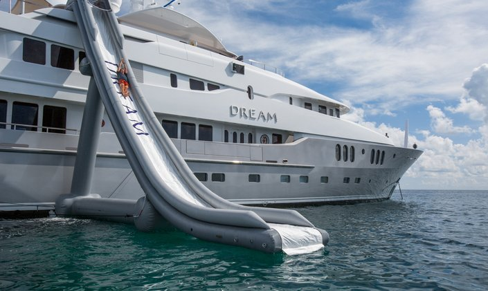 M/Y DREAM Offers Special Italian Charter