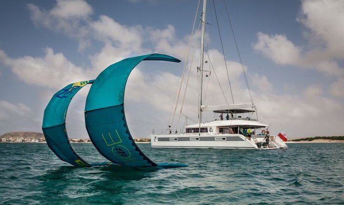 Tahiti charter offer: save 5% with S/Y 'Ocean View'