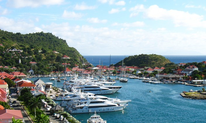 Charter Yachts Gather In St Barts For New Year's Eve
