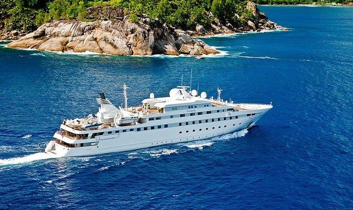 lauren l yacht