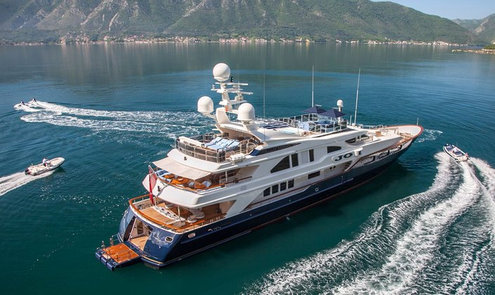 M/Y JO available to charter in the Caribbean