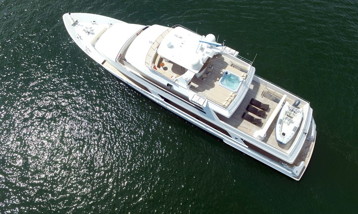 M/Y BRIO Offers 8 Nights for Price of 7 in the BVI