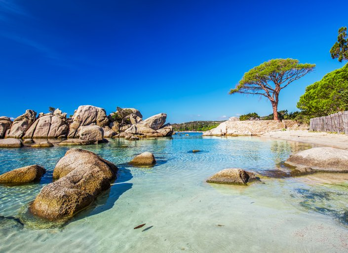 9 of the best white sand beaches in Corsica