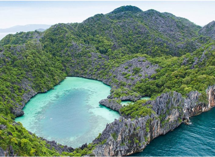 Why You Have To Charter A Luxury Yacht In The Mergui Archipelago