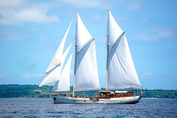 S/Y 'Mutiara Laut' Open for Charter in Indonesia