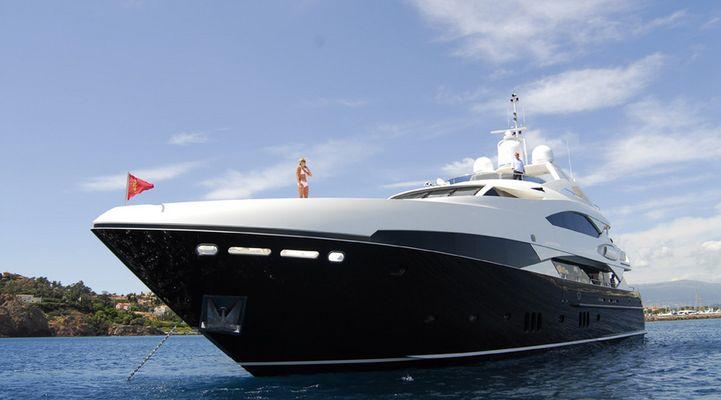 The Devocean Yacht Bow