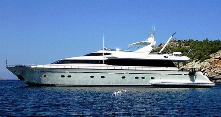 Falcon Island Motor Yacht