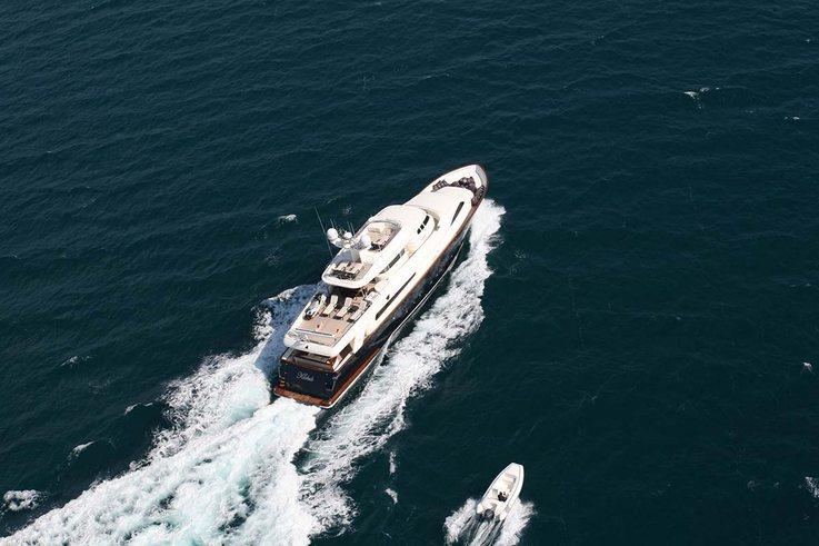 Klobuk Yacht