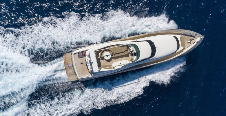 Zambezi Yacht