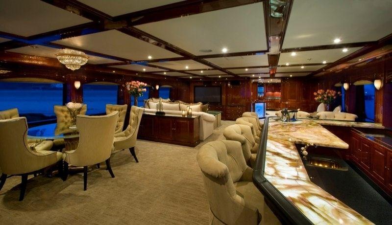 luxury yacht casino royale