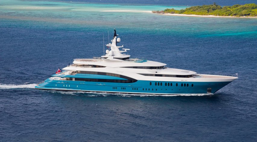 Superyacht SUNRAYS available for winter charter in the Indian Ocean