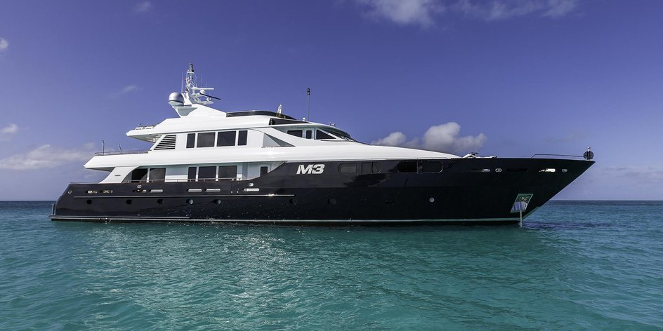 Jump onboard film star superyacht M3 for a spring discount