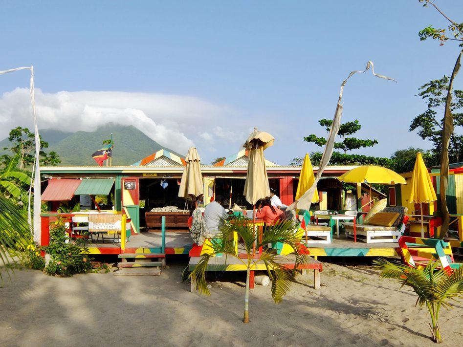 sunshine's bar, Nevis