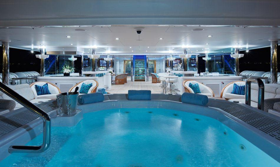 PEGASUS VIII pool and beach club