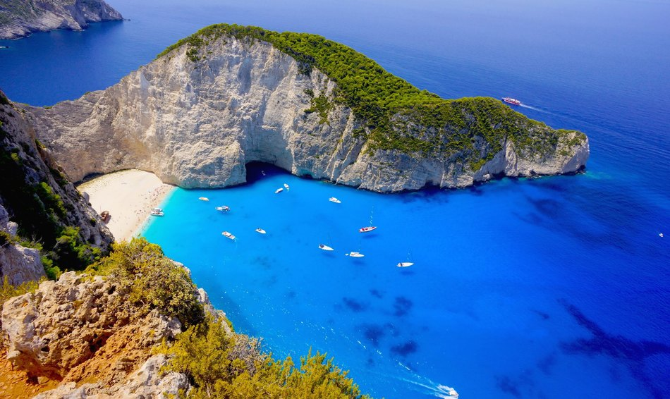 10 Top Greek Islands Image 1