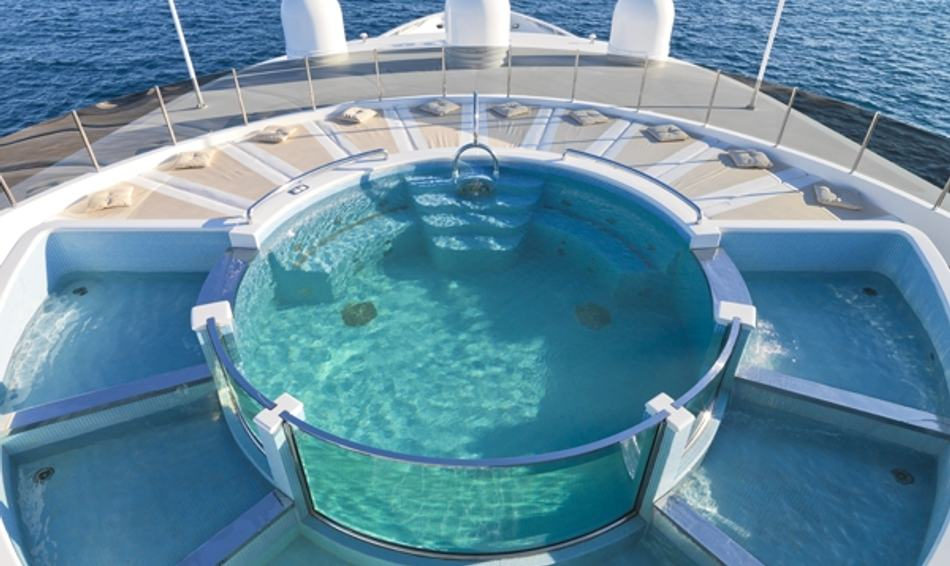 Superyacht 'Natita's' scallop shaped sundeck pool