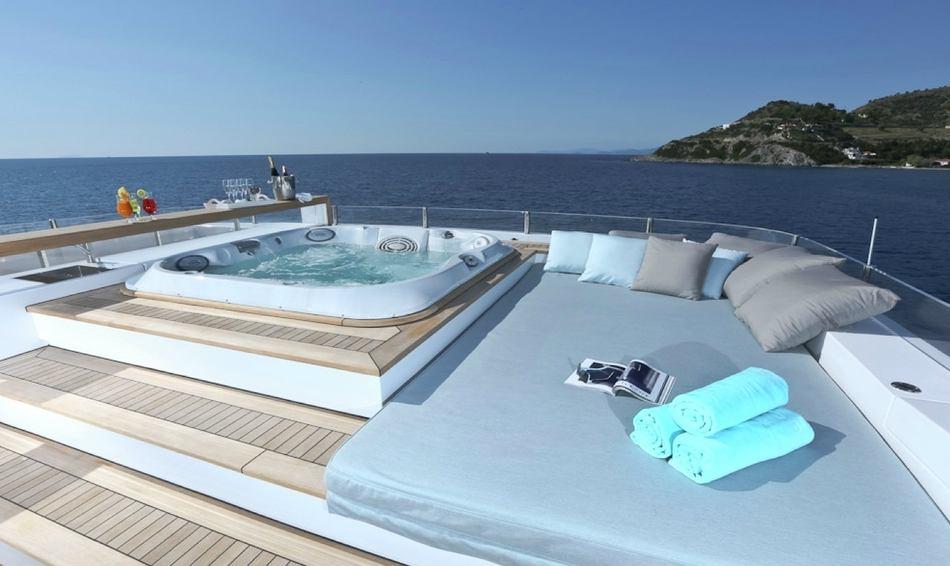 Sundeck Jacuzzi on board superyacht OURANOS