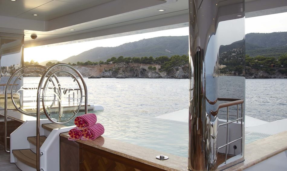 Infinity pool looking over the ocean on 'Lady Christine' yacht