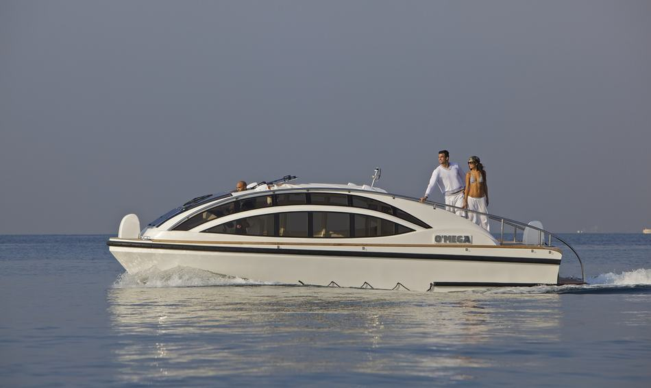 10 Top Charter Yachts With Limousine Tenders Image 1