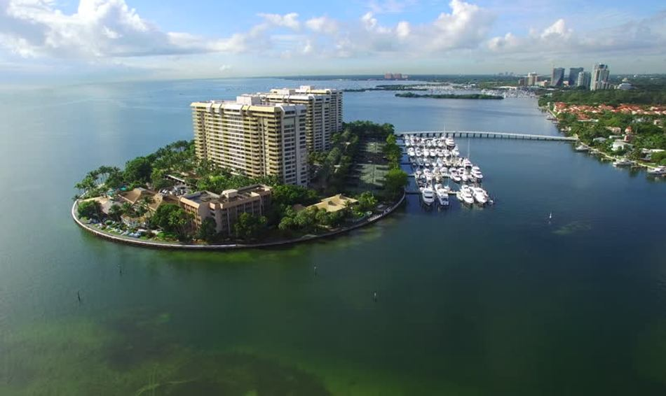 10 Top Secret Islands to Visit on a Florida Yacht Charter Image 1