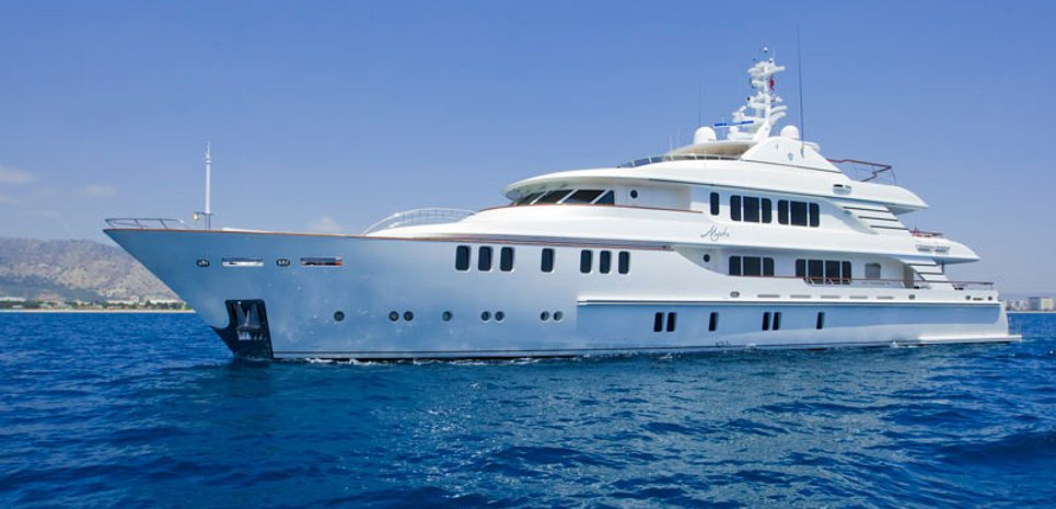 Mystic Charter Yacht