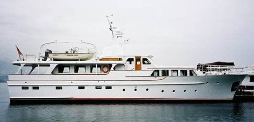 Victoria Charter Yacht