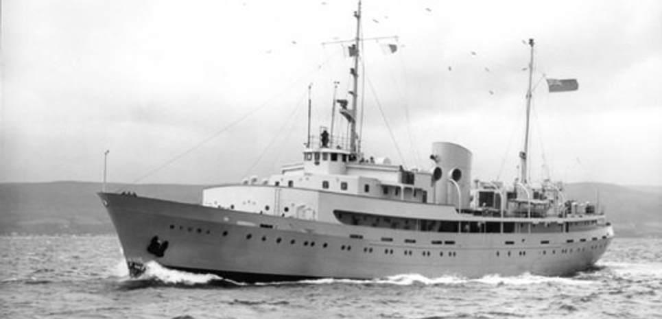 Wyuna Charter Yacht