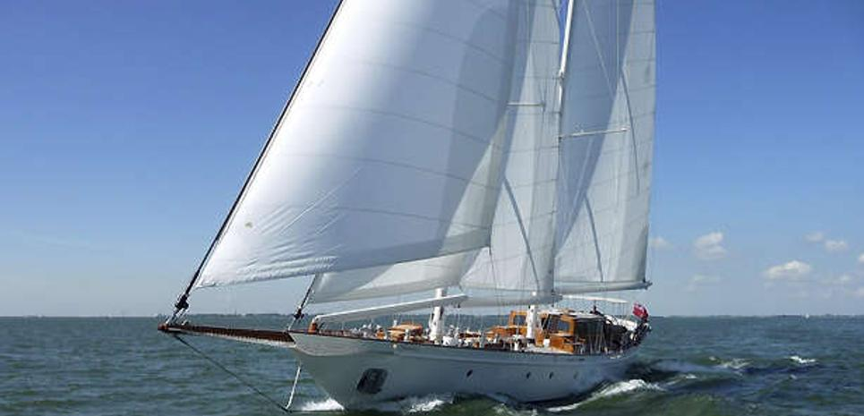 Neorion Charter Yacht