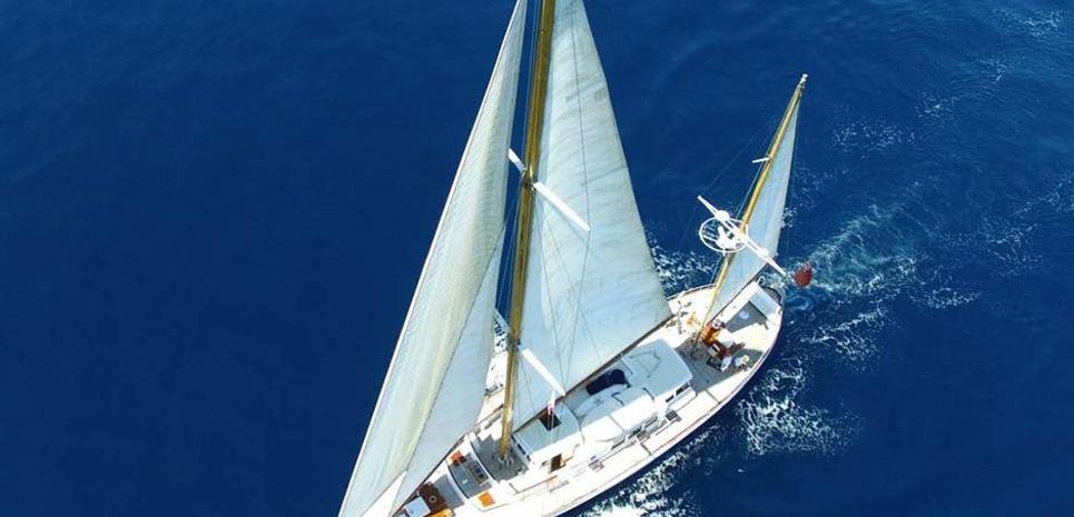 Fei-Seen Charter Yacht