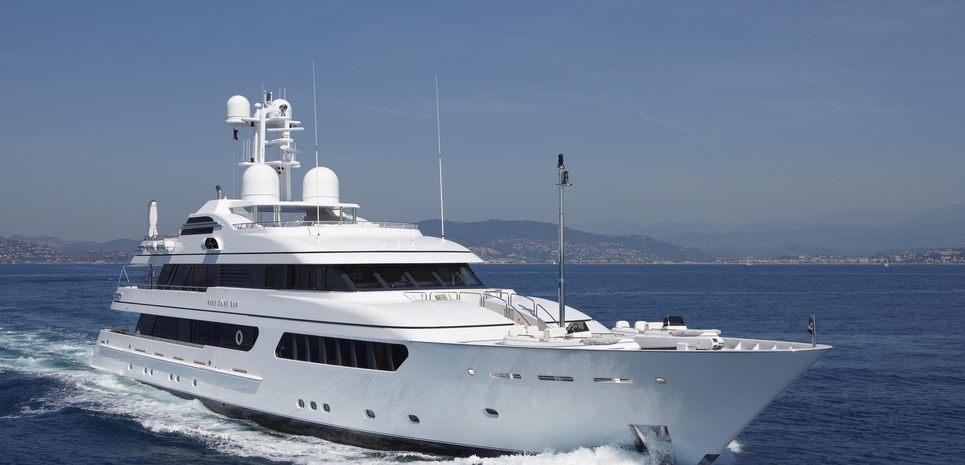 Hurricane Run Charter Yacht