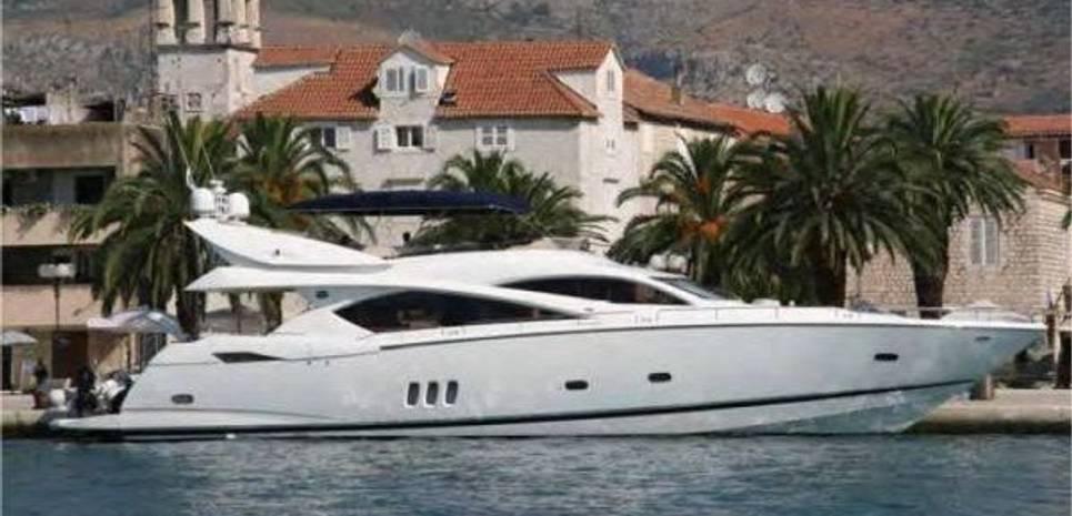 Lucky Bear Charter Yacht