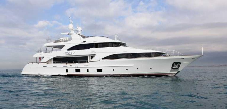 Vaao Charter Yacht