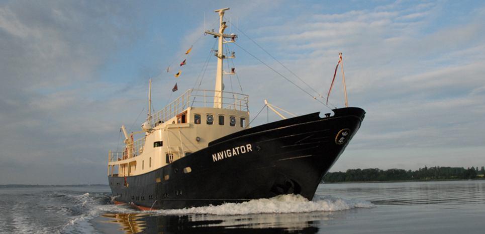 Navigator Charter Yacht