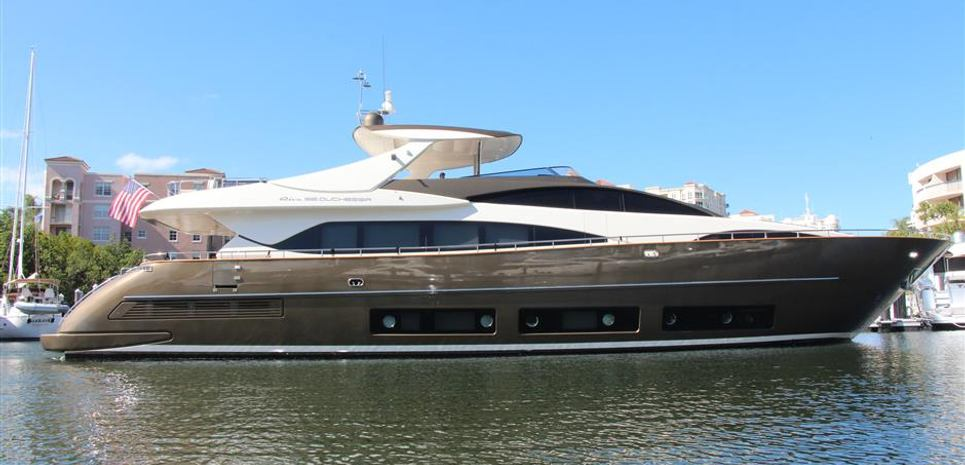 Privilegio Charter Yacht