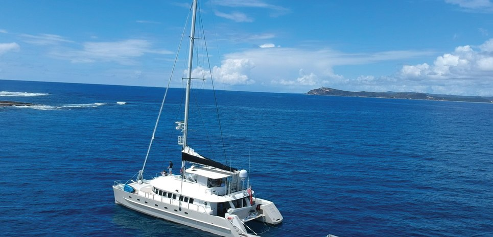 Jalun Charter Yacht