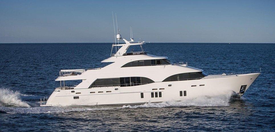 Ocean Alexander 112 Charter Yacht