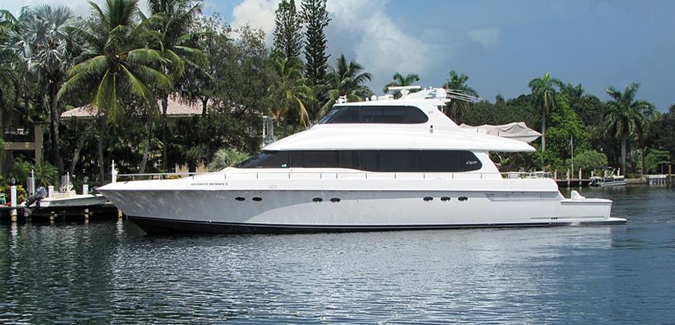 Oh My Charter Yacht