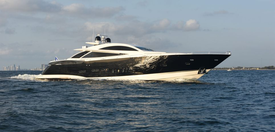 Double D Charter Yacht
