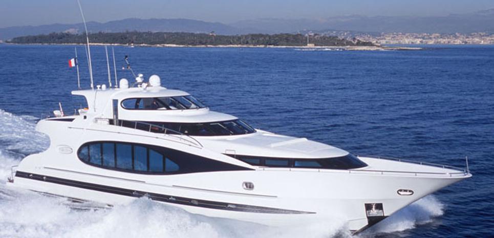 Premium Charter Yacht